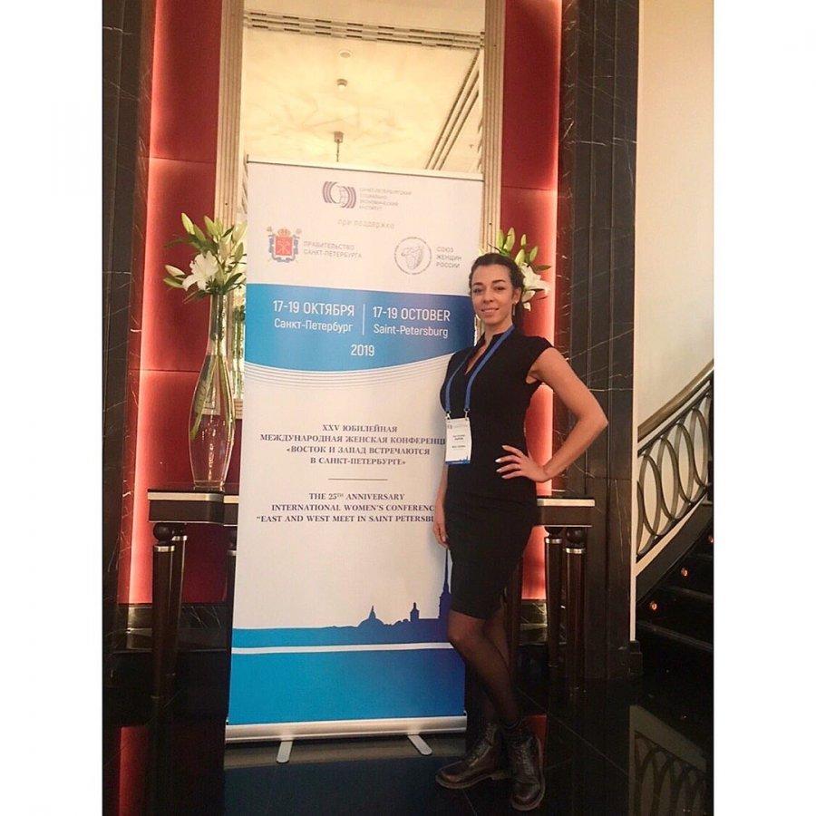 Наш резидент стала участником мультимедийной выставки «Женский проект»