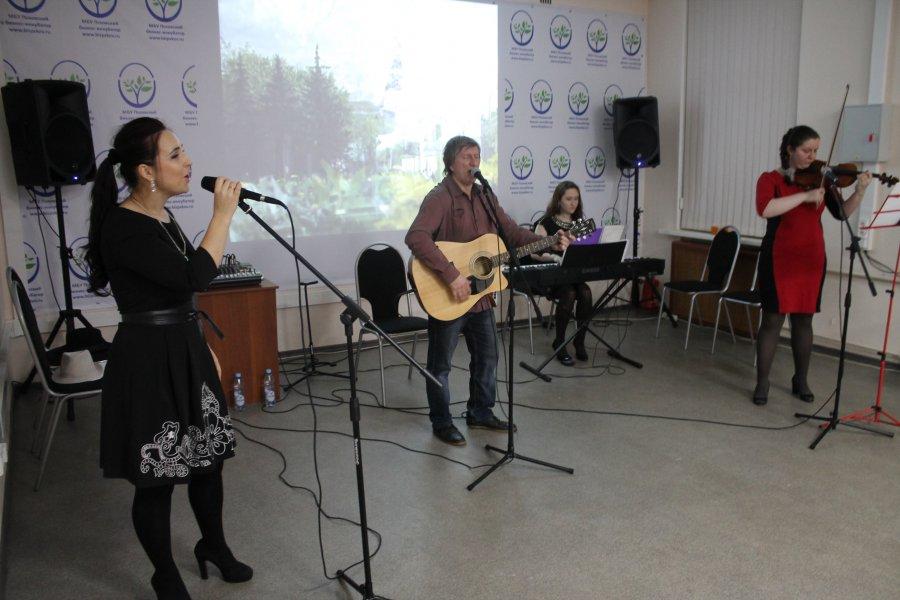 Состоялся творческий вечер группы «Октябрьский проспект»